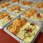 Vers gebakken zalm , met preisaus en groentenpuree